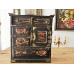 Japan Late Nineteenth Century Meiji Era Lacquer Cabinet 19 Eme 19th jewelry box