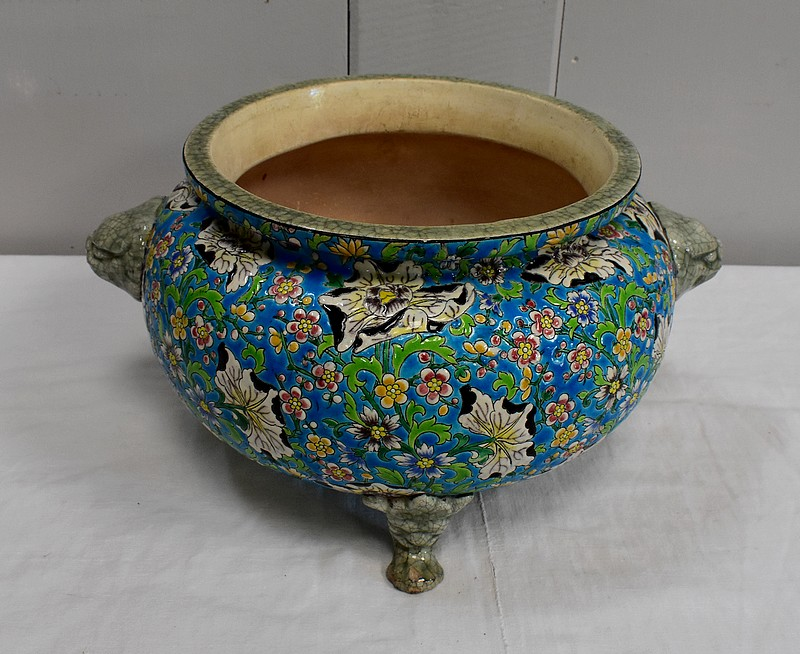 CACHE POT  IN GIEN FAIENCE