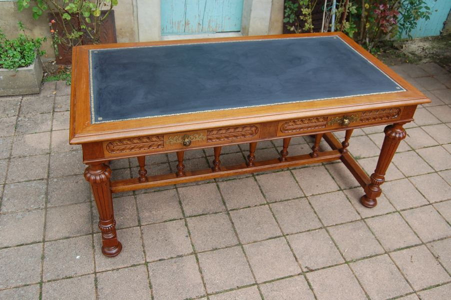 NAPOLEON III PERIOD DESK