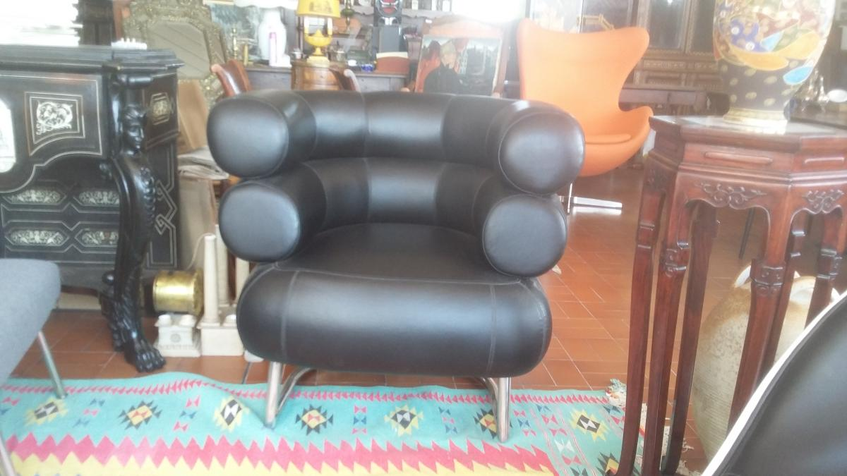 Large black leather armchair vintage design XX th century 50 '60'
