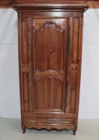 18th C BONNETIERE CUPBOARD