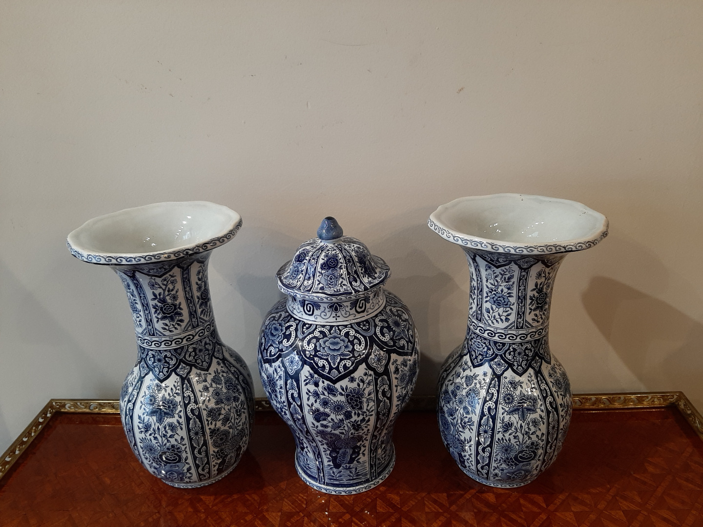 DELFT FAIENCE VASES  AND POT