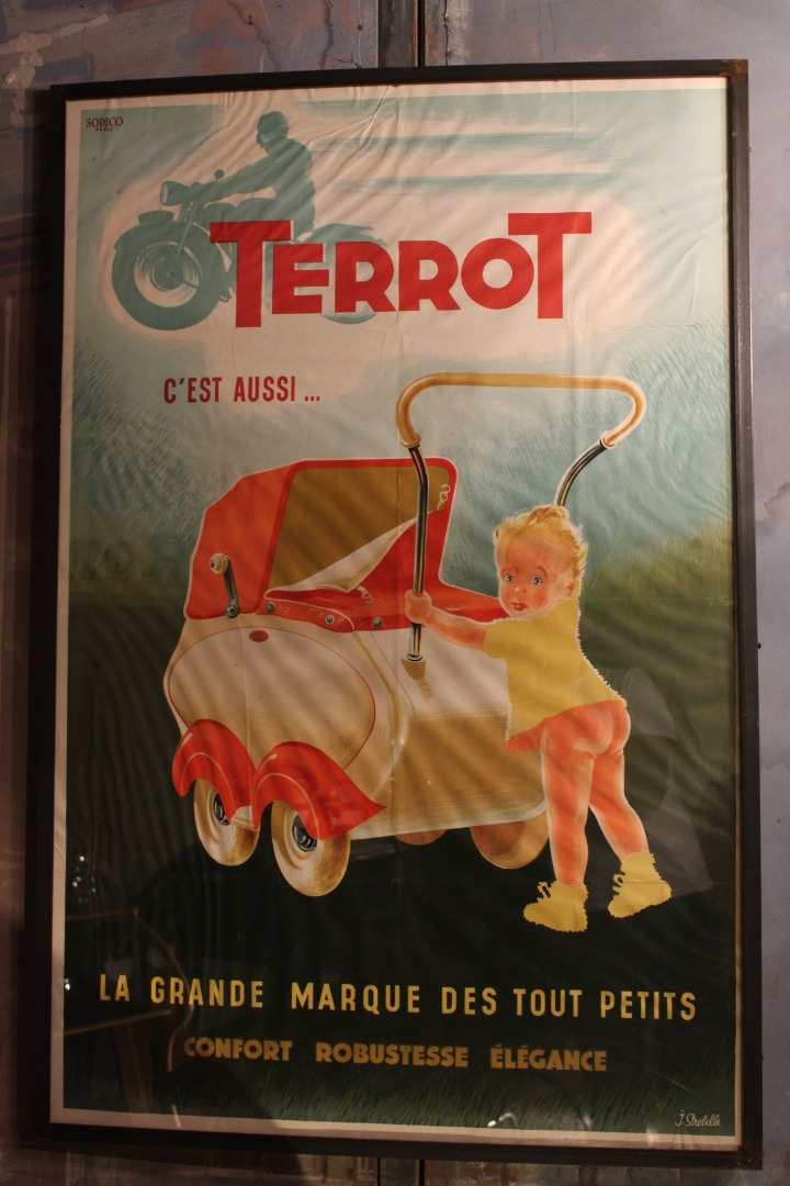 POSTER FOR THE LABEL TERROT