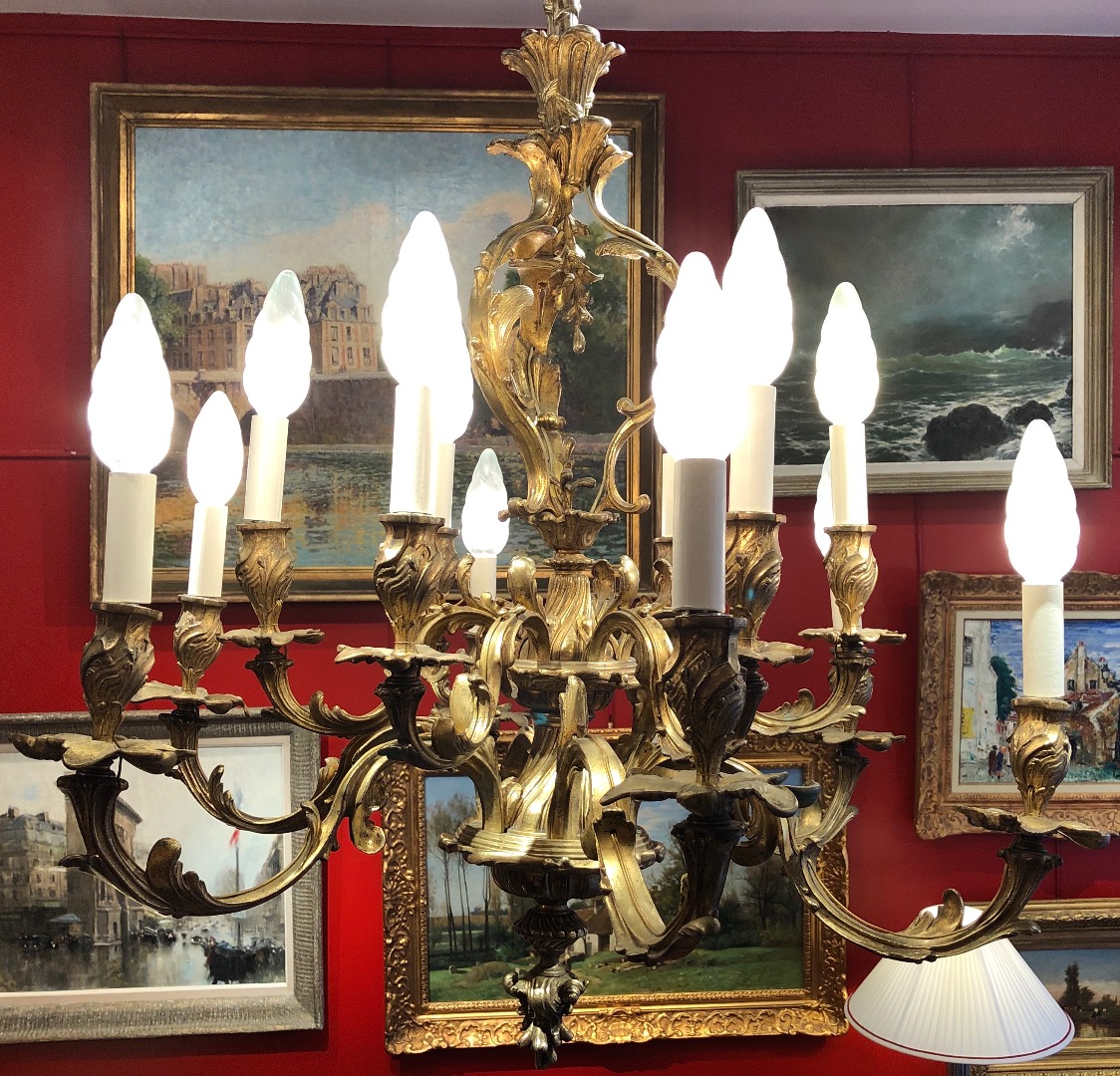 Chandelier rocaille giltbronze style LOUIS XV Napoleon III period 19Th century 12 lights