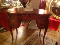 DRESSING TABLE-