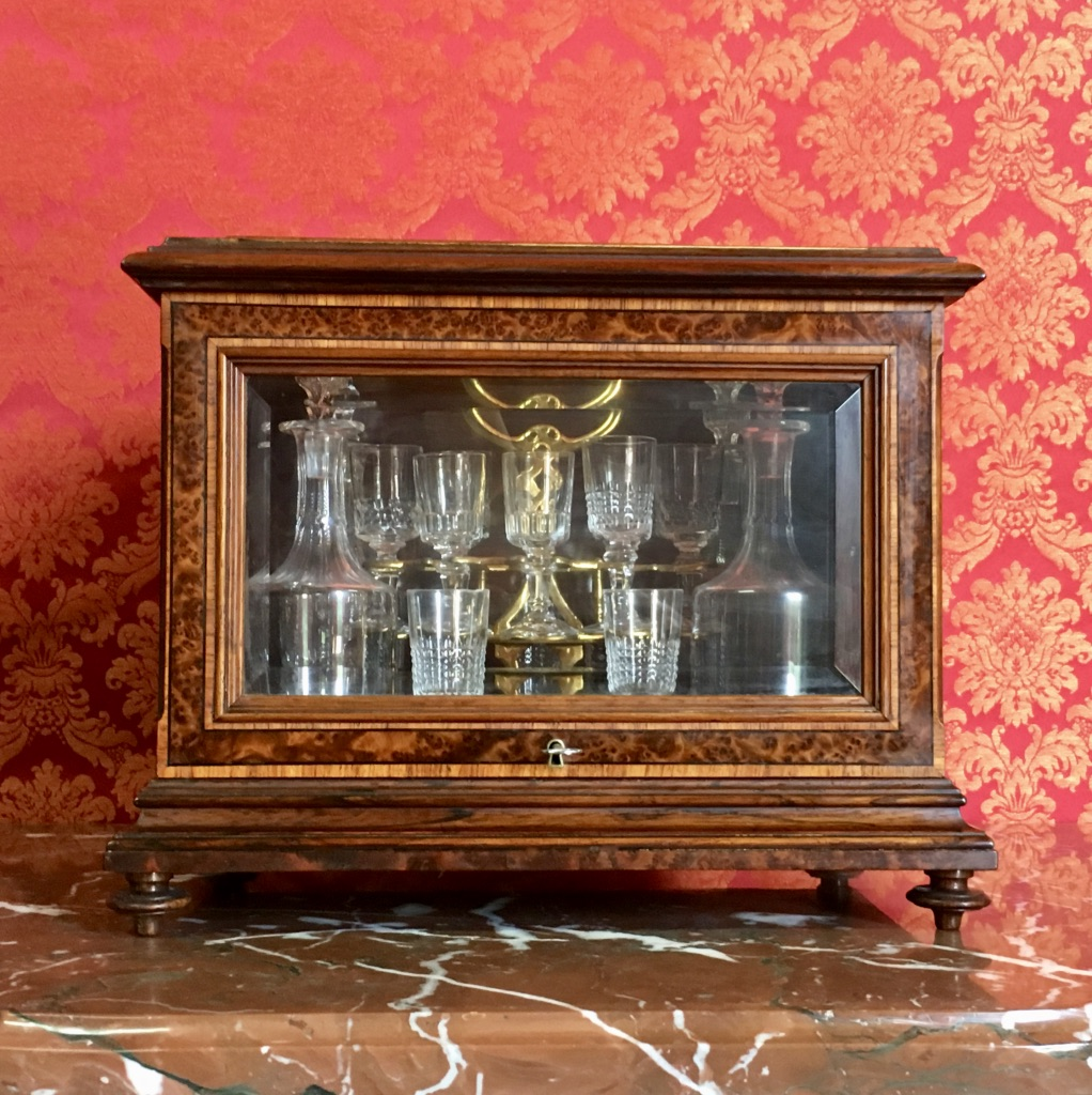NAPOLEON III PERIOD DECANTER BOX