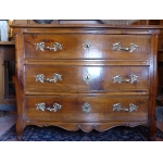 18th C LOUIS XV PERIOD CHEST OF DRAWERS