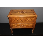 MINIATURE 18th CENTURY CHEST OF DRAWERS