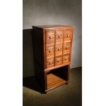NOTARY'S CABINET