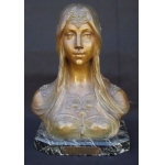 V. CONSTANT (XIX - XX) Bust of Young woman in bronze.