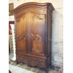18th C MAHOGANY ARMOIRE