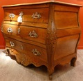Commode South West port Louis XV in walnut